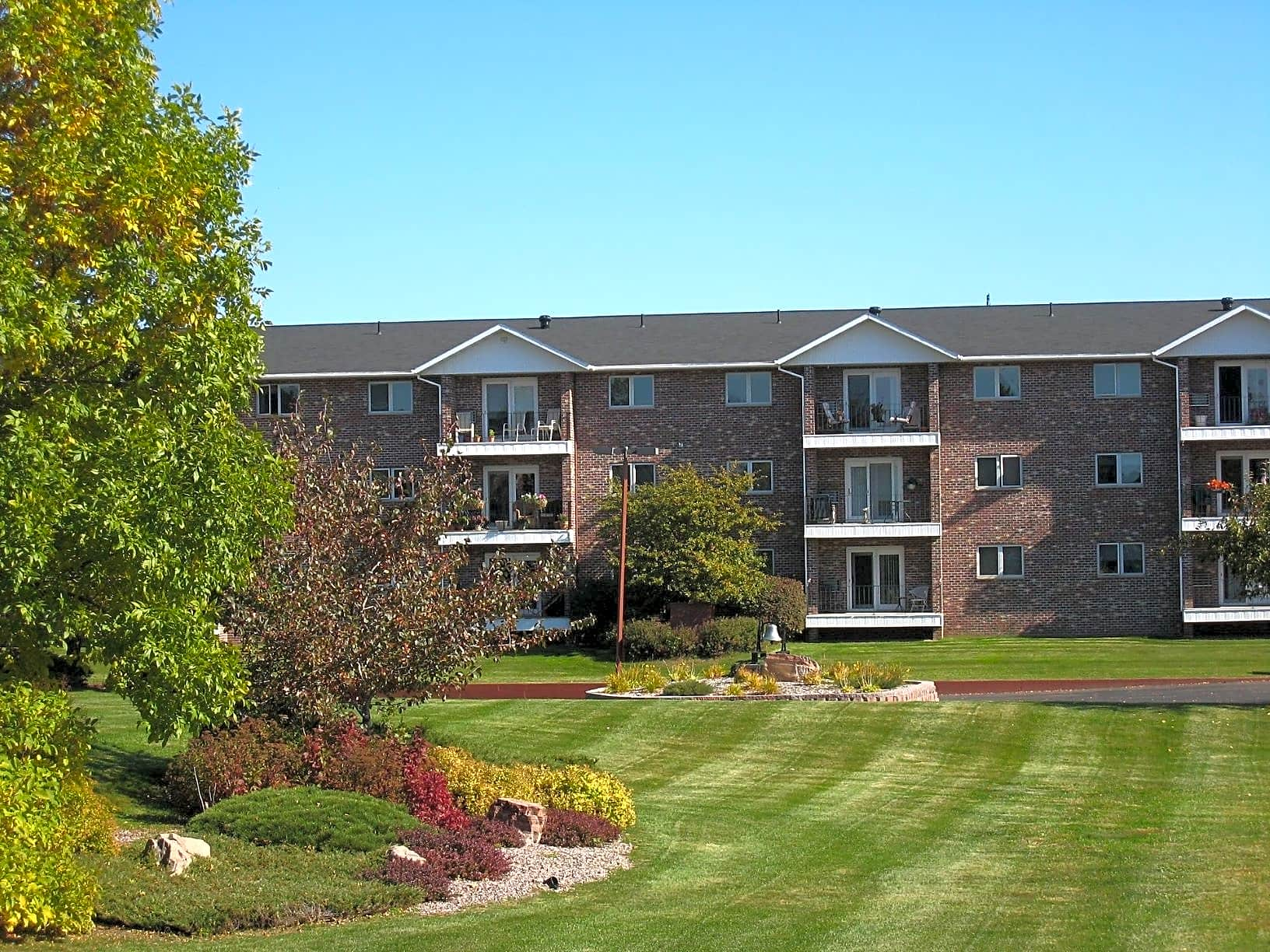Apartments Near NMU Tourville Apartments for Northern Michigan University Students in Marquette, MI
