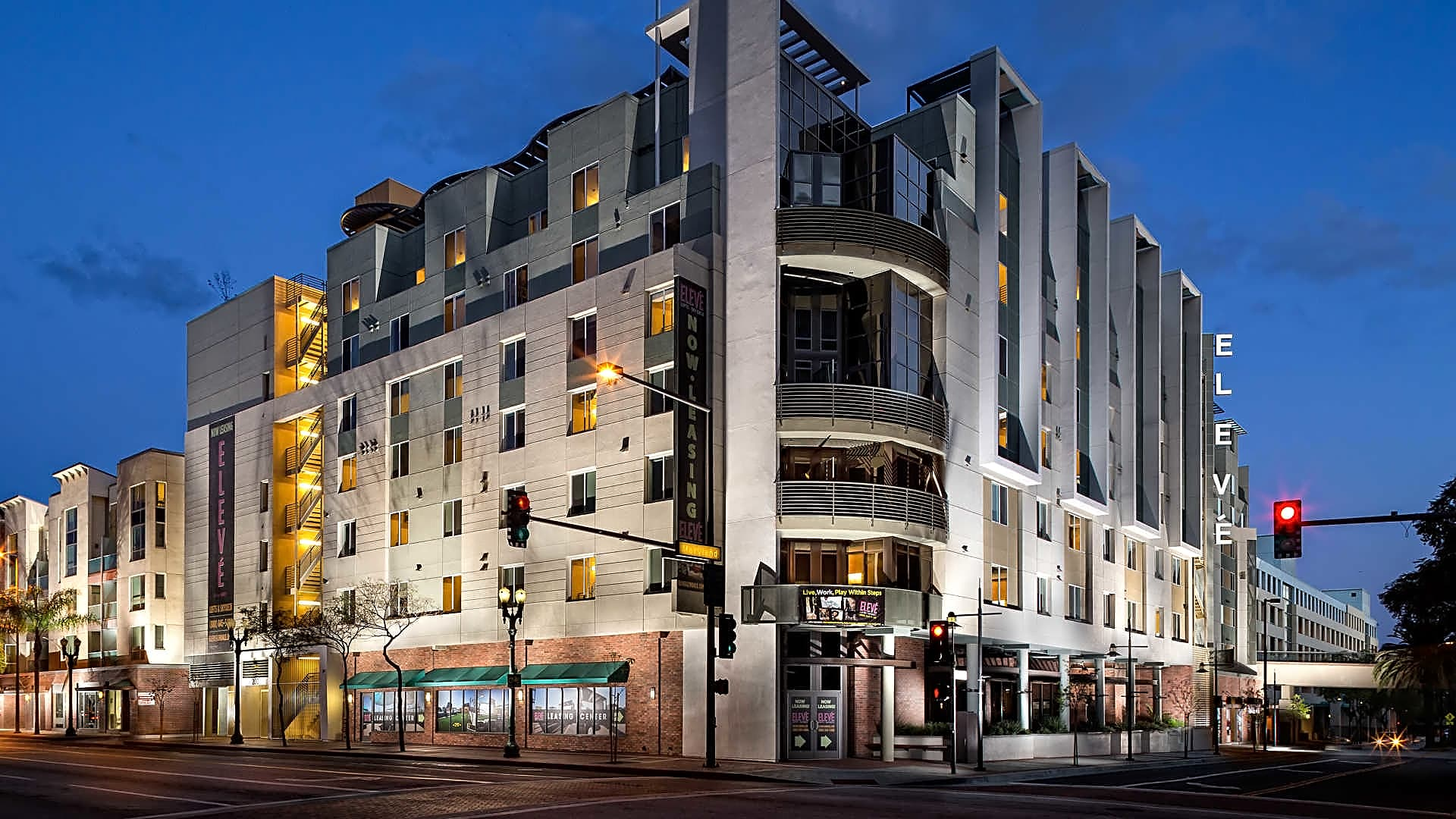 Eleve Lofts And Skydeck Apartments Glendale Ca 91205