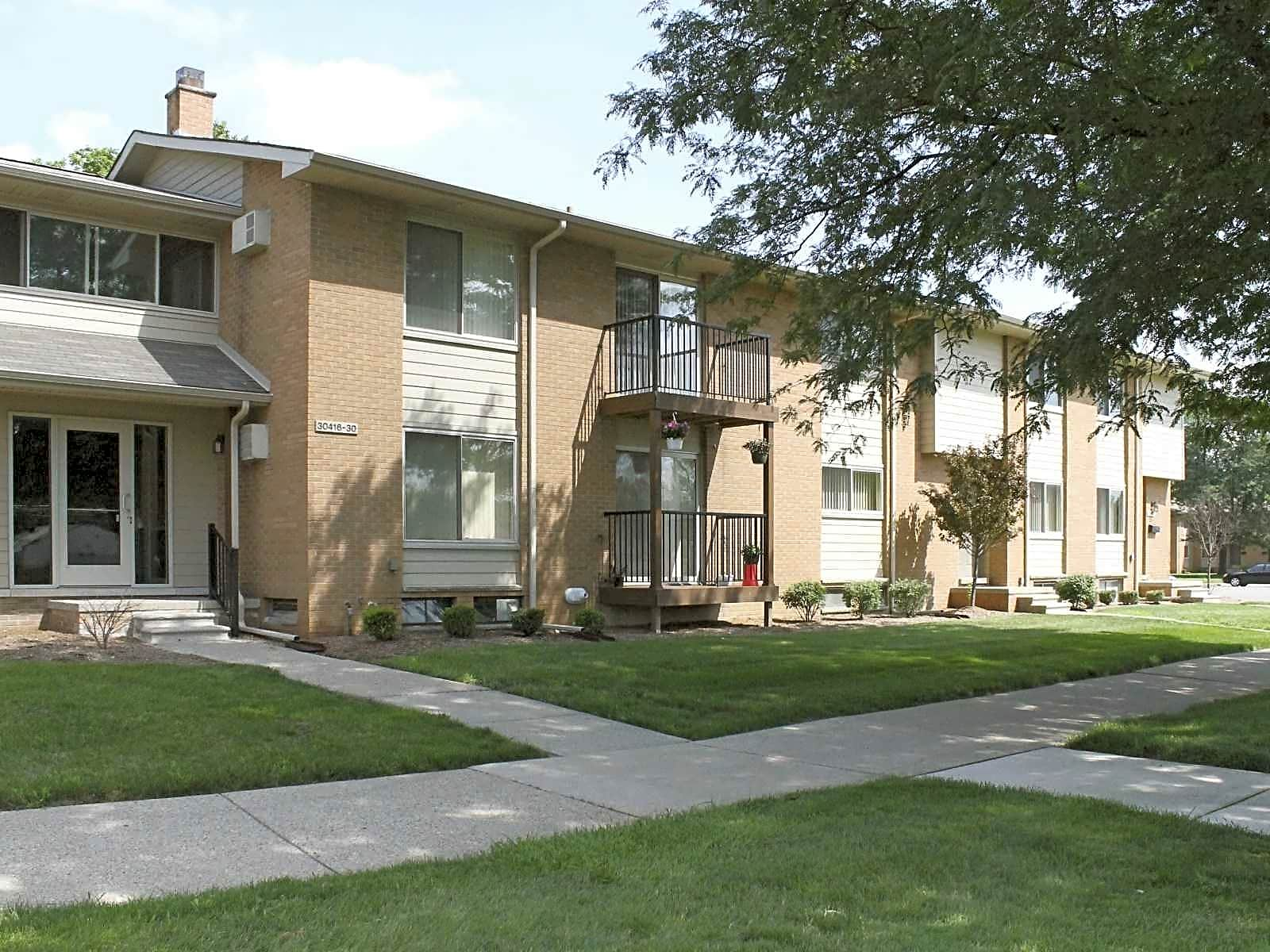 Apartments Near Schoolcraft College