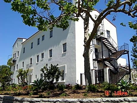 Photo: Los Angeles Apartment for Rent - $714.00 / month; Studio & 1 Ba
