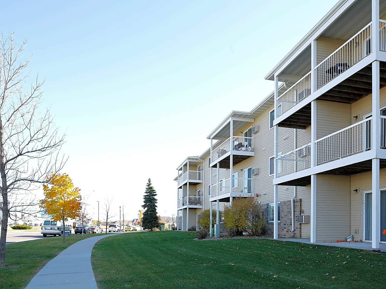 Apartments Near NDSU Amber Valley Apartments for North Dakota State University Students in Fargo, ND