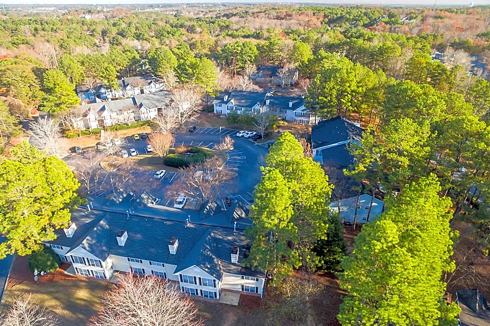 Community Sits on 24 Acres!