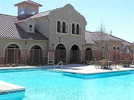 Photo: Dallas Apartment for Rent - $923.00 / month; 4 Bd & 2 Ba