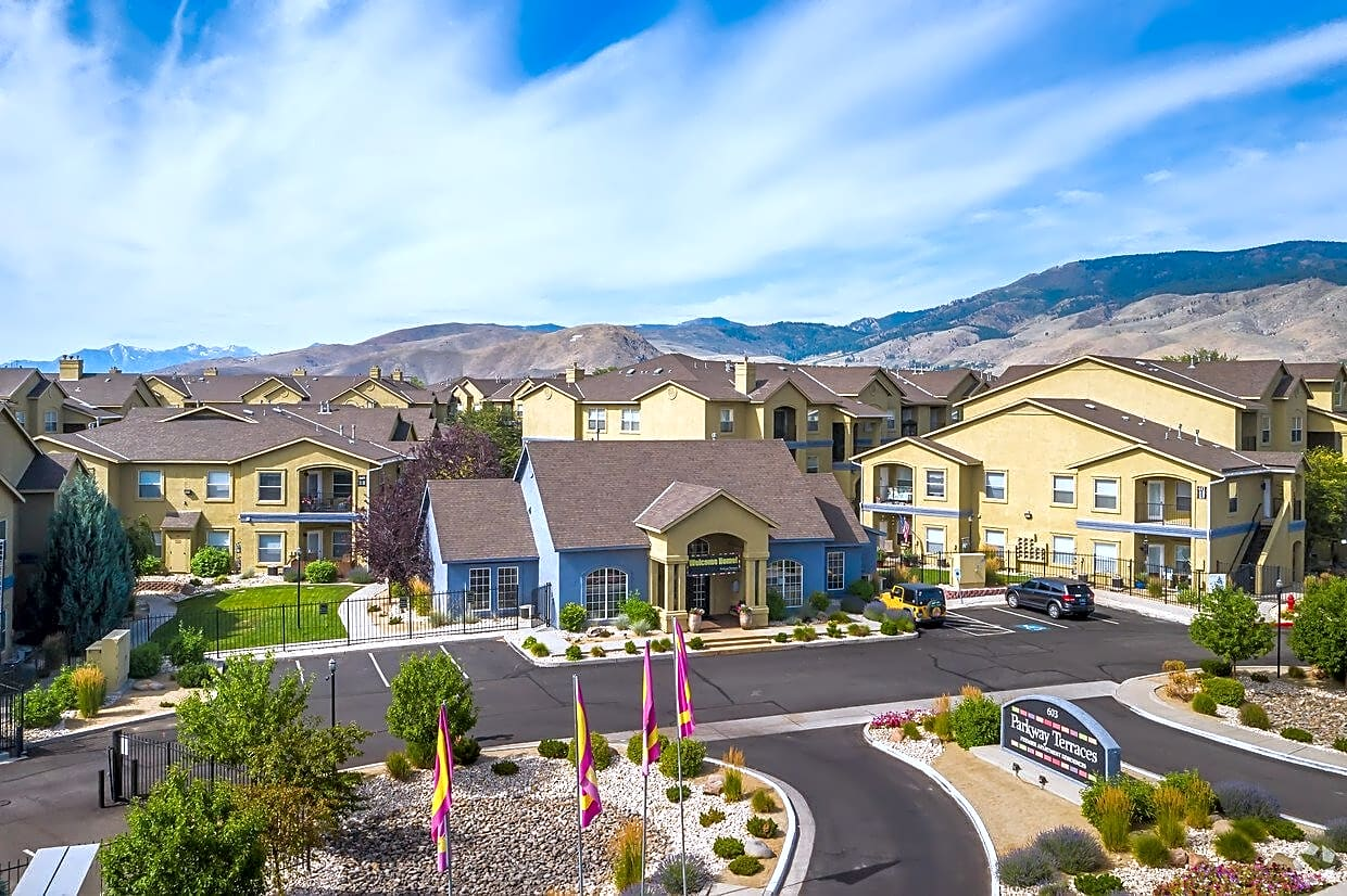 Apartments Near SNC Parkway Terraces for Sierra Nevada College Students in Incline Village, NV