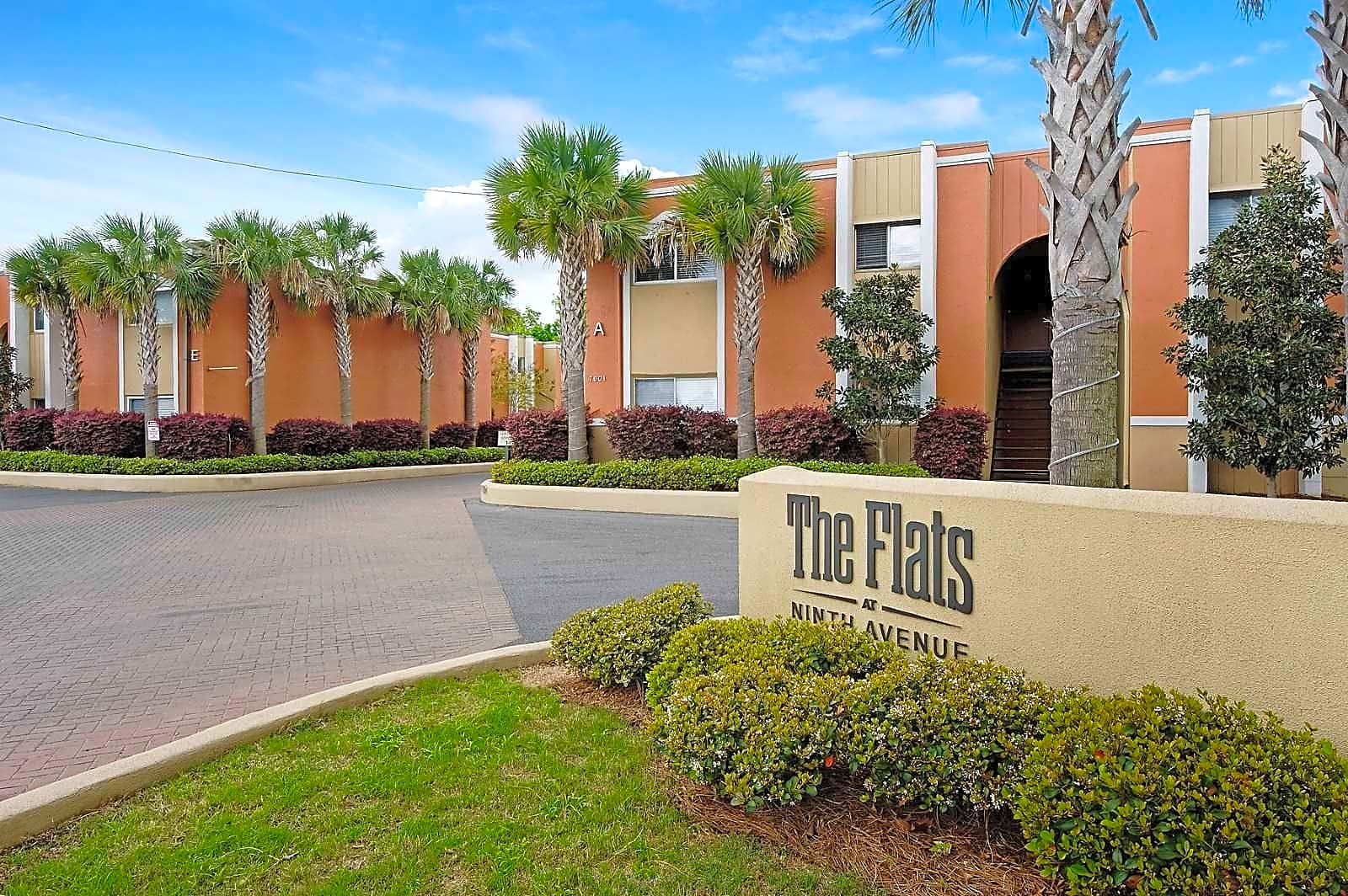 Apartments Near Pensacola State College