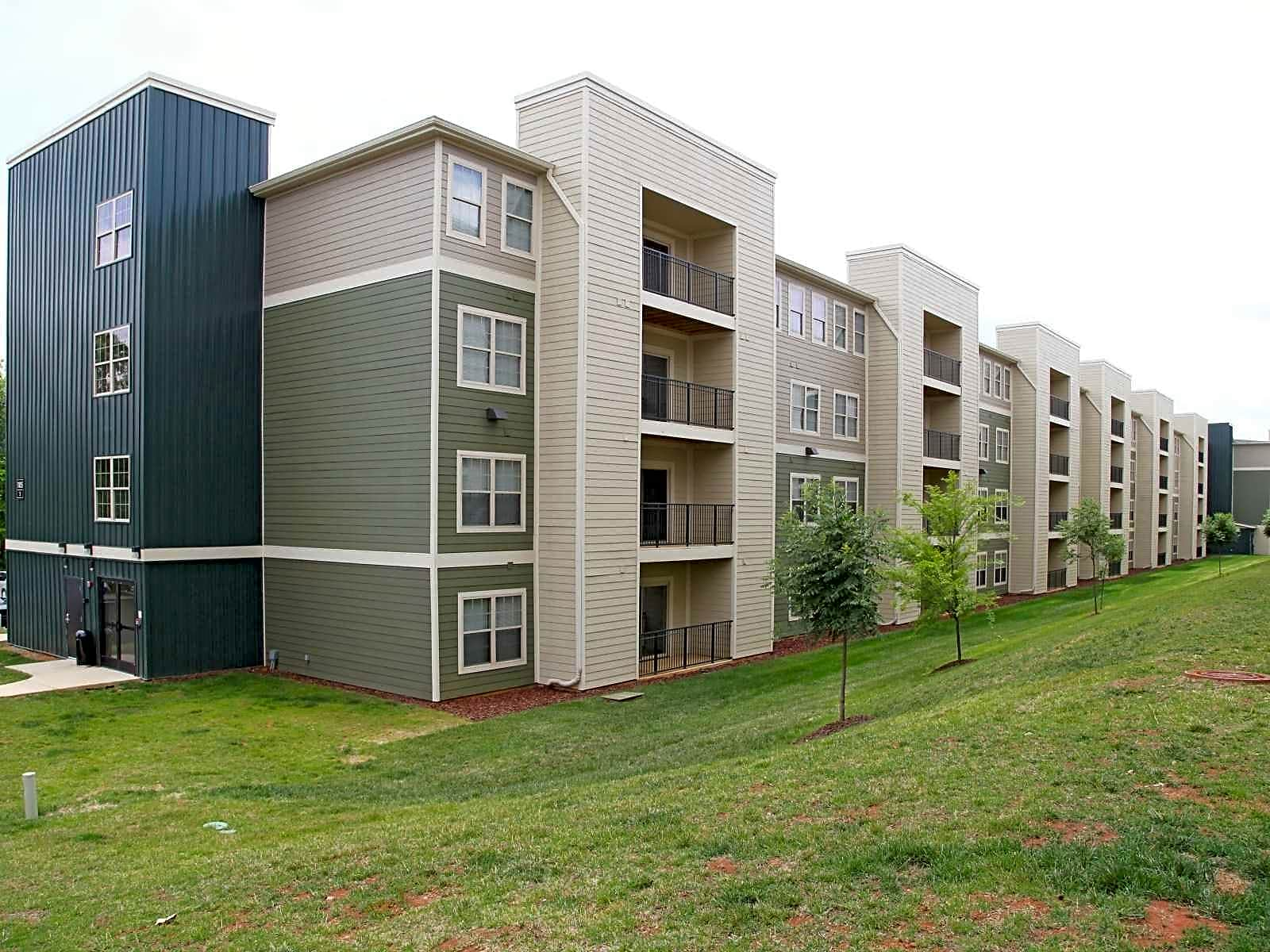 Apartments Near East Tennessee State University
