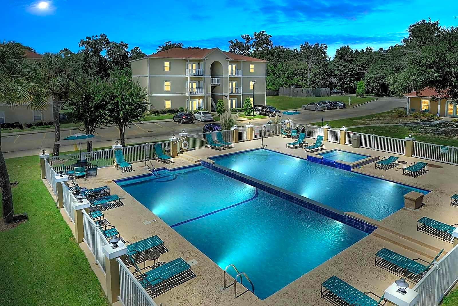 The Beach Club Apartments - Long Beach, MS 39560