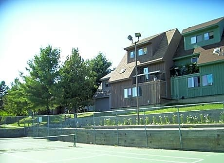 Photo - Apartment in Bangor- $705.00 / month; 2 Bd & 1 Ba