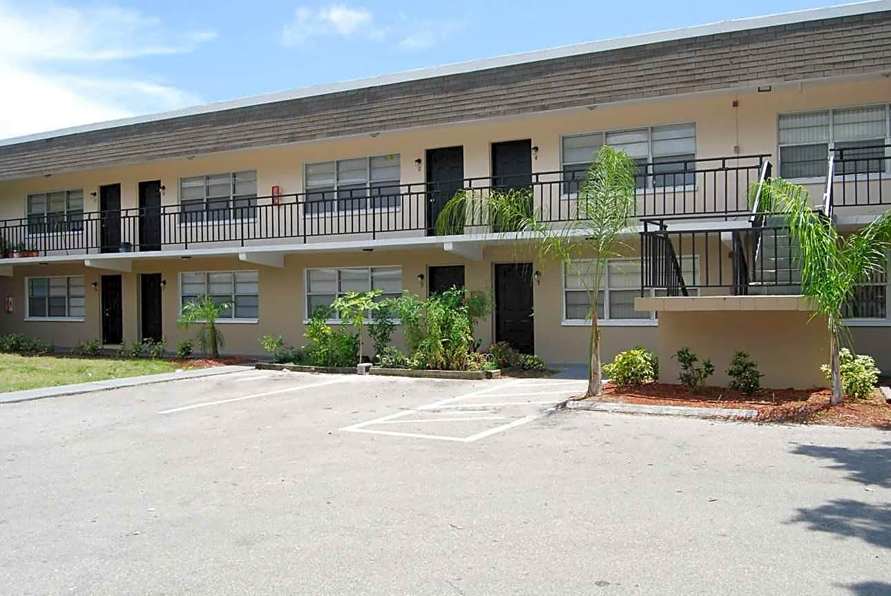 Avesta Betty Lane for rent in Clearwater