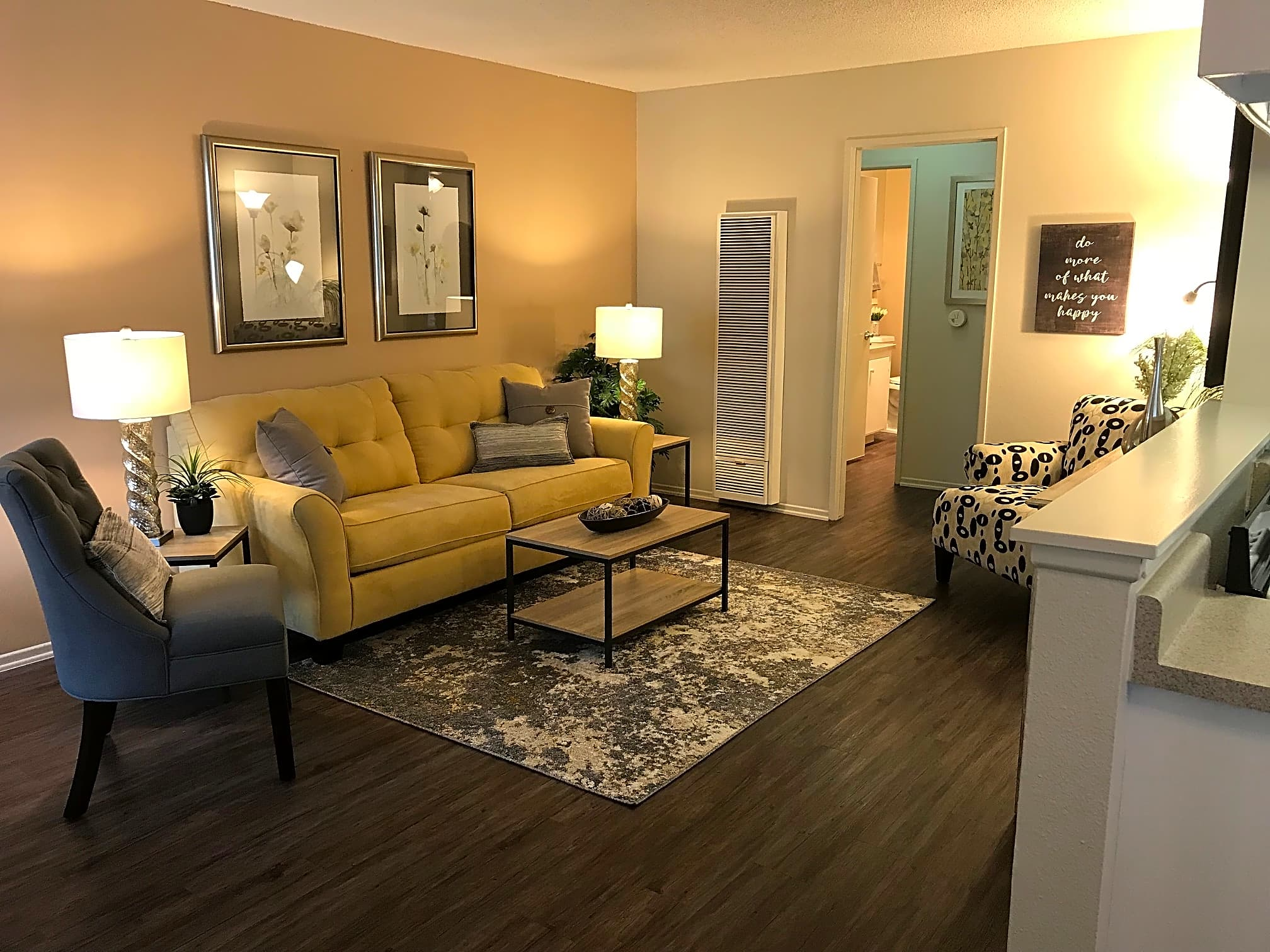 Apartments Near RCC Palm Central South for Riverside Community College Students in Riverside, CA