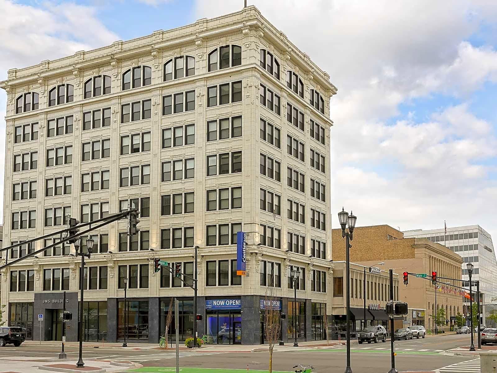 Apartments Near ND Studebaker Lofts for University of Notre Dame Students in Notre Dame, IN