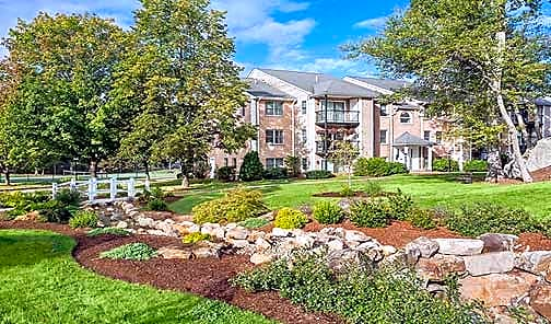 Apartments Near Stonehill Waterfall Hills At Canton for Stonehill College Students in Easton, MA