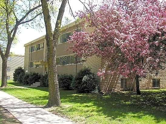 Davern Park Apartments for rent in St. Paul