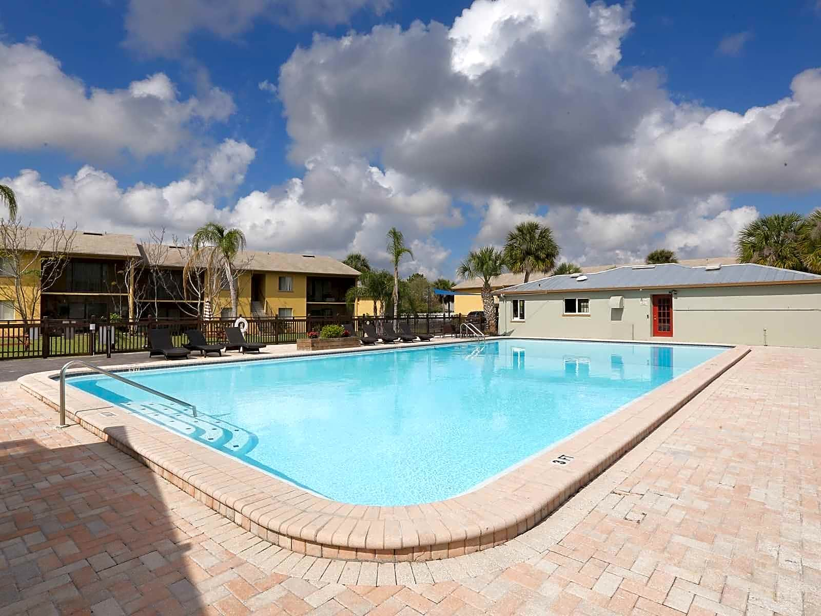 The Grove Apartments Lakeland Fl