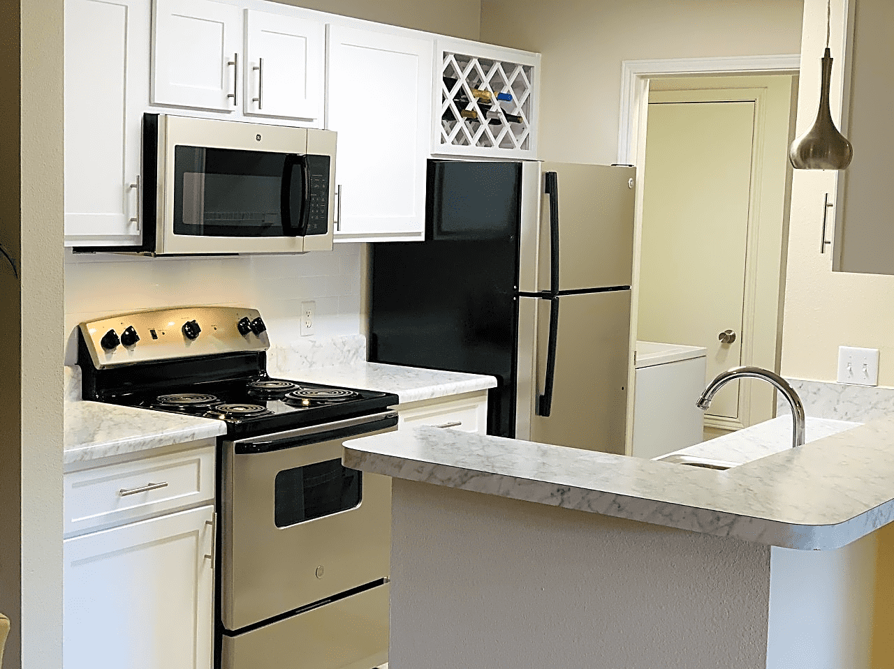 Apartments Near UWF Kings Mill for University of West Florida Students in Pensacola, FL