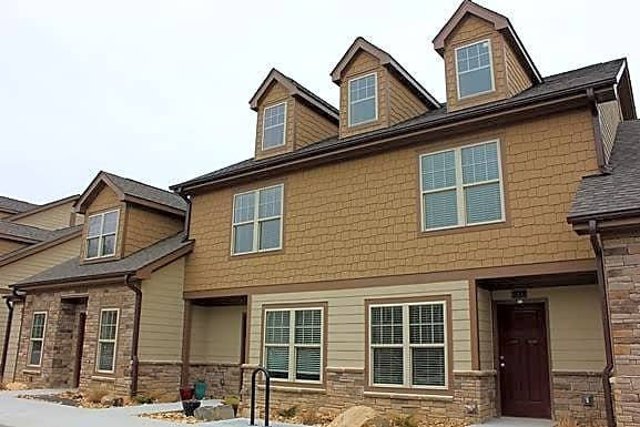 Apartments Near NCCU Pickett Square for North Carolina Central University Students in Durham, NC