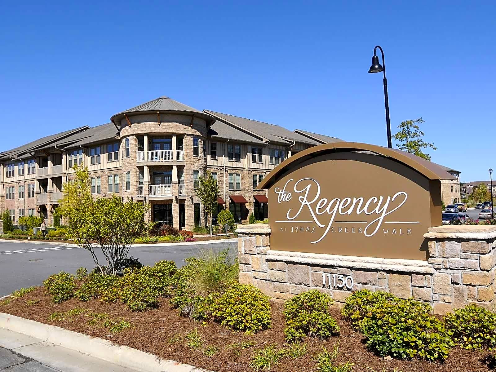 the regency at johns creek walk apartments johns creek. Black Bedroom Furniture Sets. Home Design Ideas