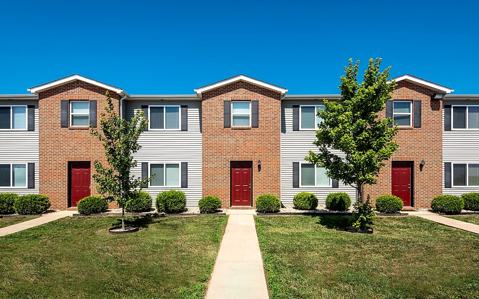 Apartments Near McKendree Hawkins Point Townhomes for McKendree University Students in Lebanon, IL