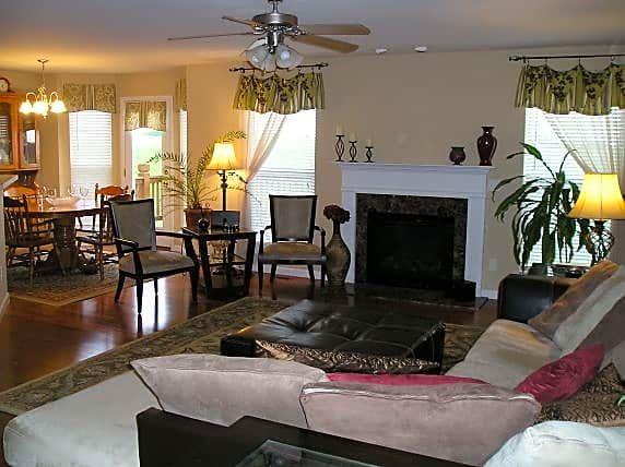 Condo for Rent in Saint Peters