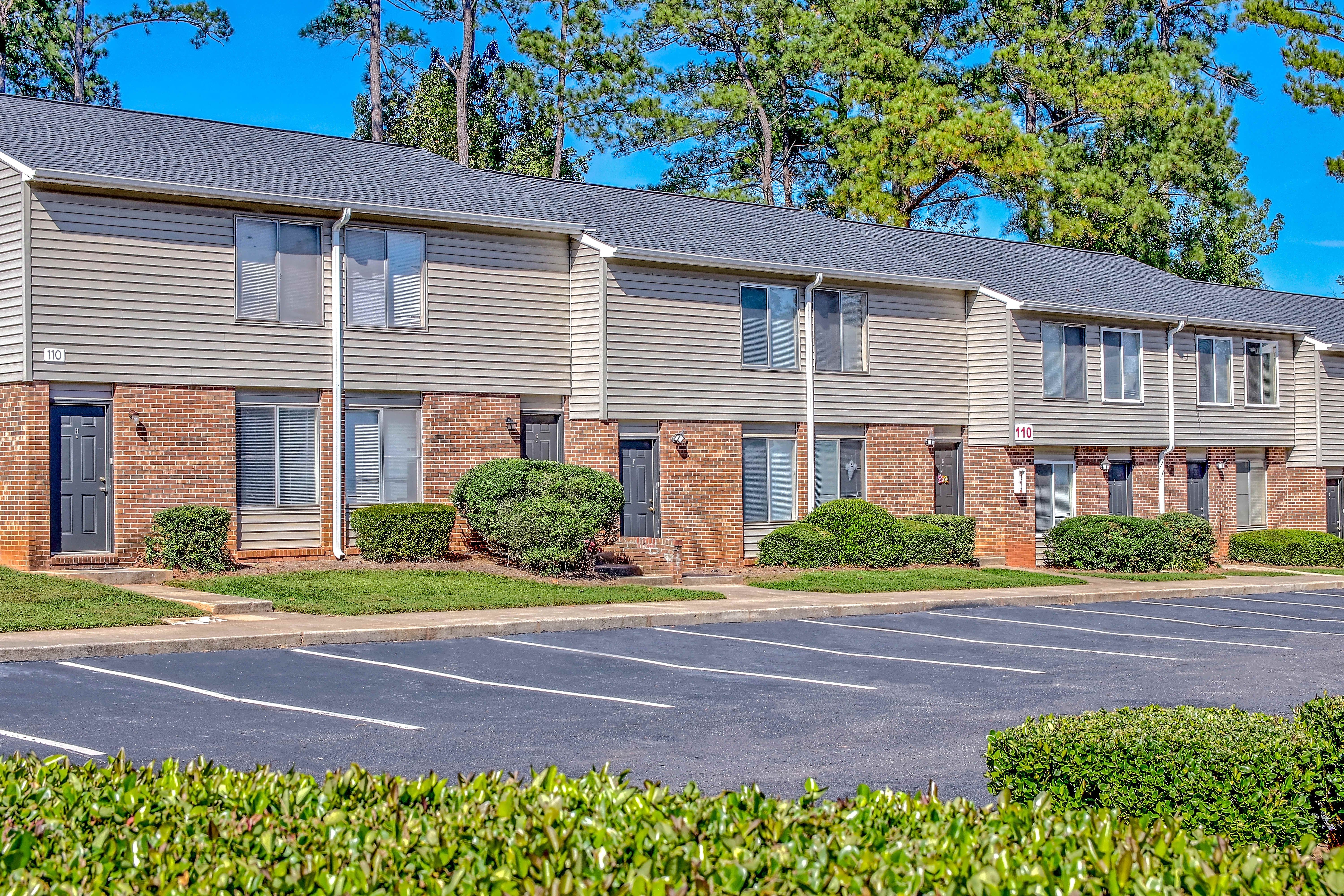 Apartments Near Lander Lakeview for Lander University Students in Greenwood, SC