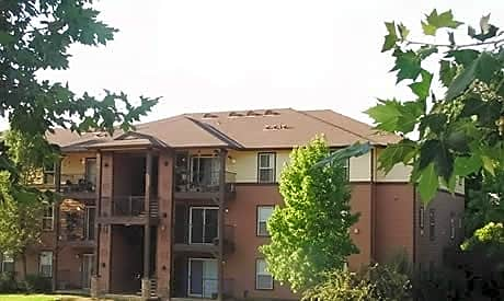 Oak Hills Apartments for rent in Jamestown
