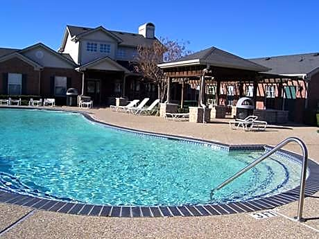 Apartments and Houses for Rent Near Me in Terrell