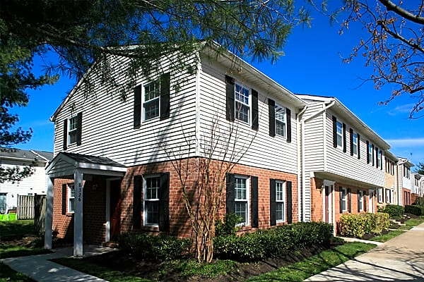 The Pointe At Harpers Mill Apartments Millersville Md 21108