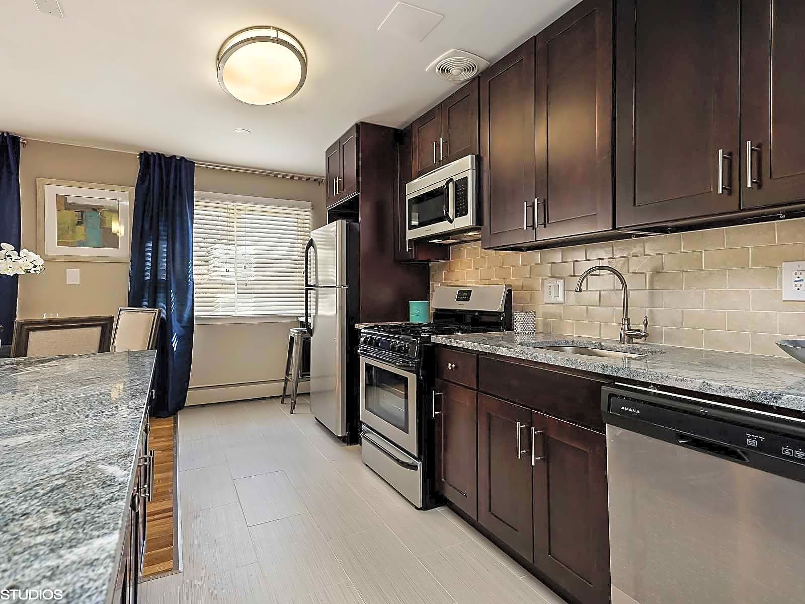 The crossings at menlo park apartments edison nj 08837 - 2 bedroom apartments in linden nj for 950 ...