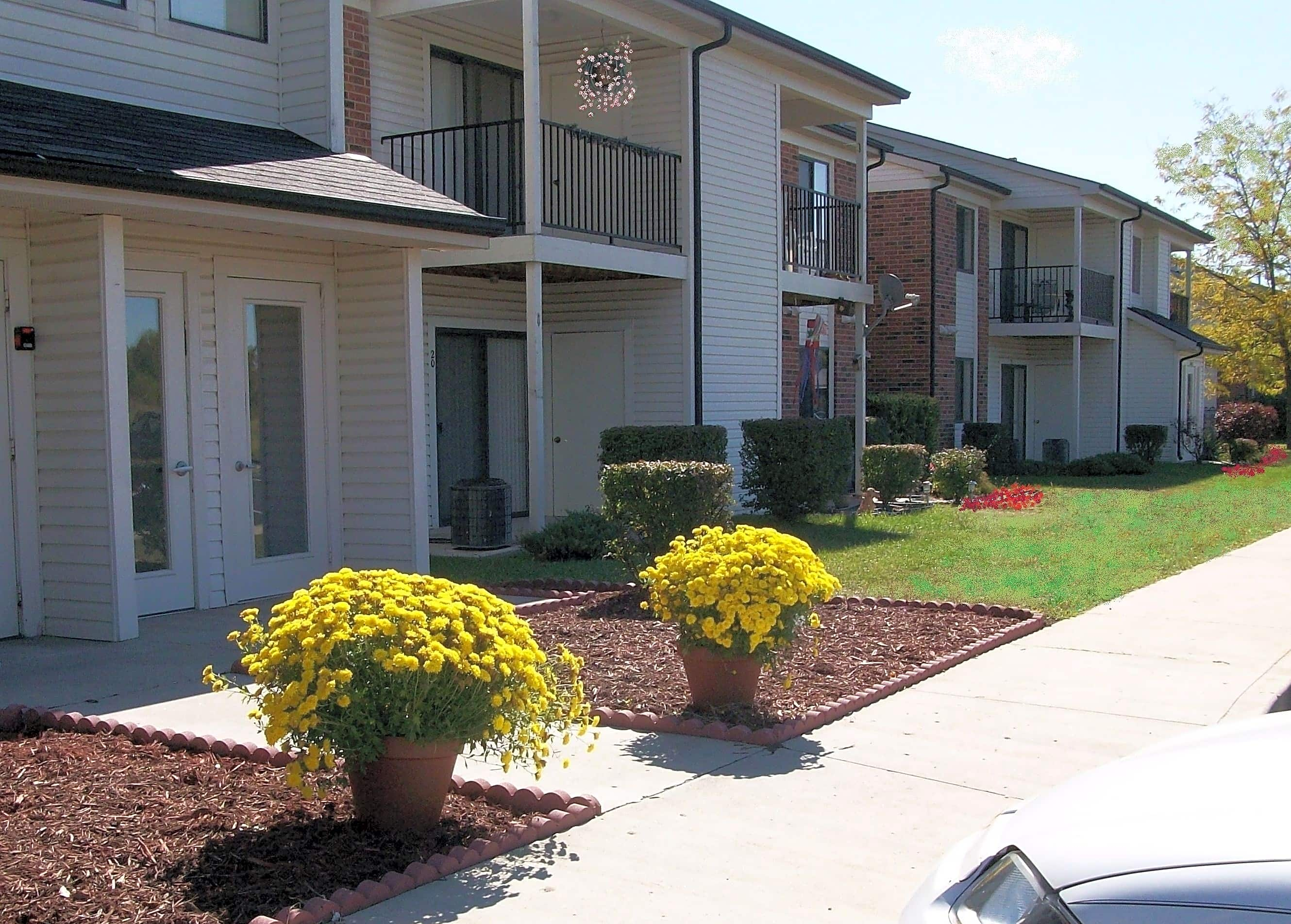 Hickory Knoll Apartments