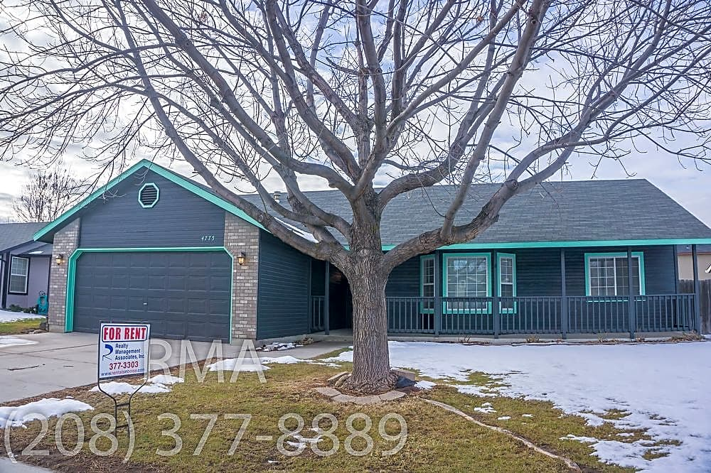 Perfect 3 Bedroom Home in S Boise- W Amity & S Col