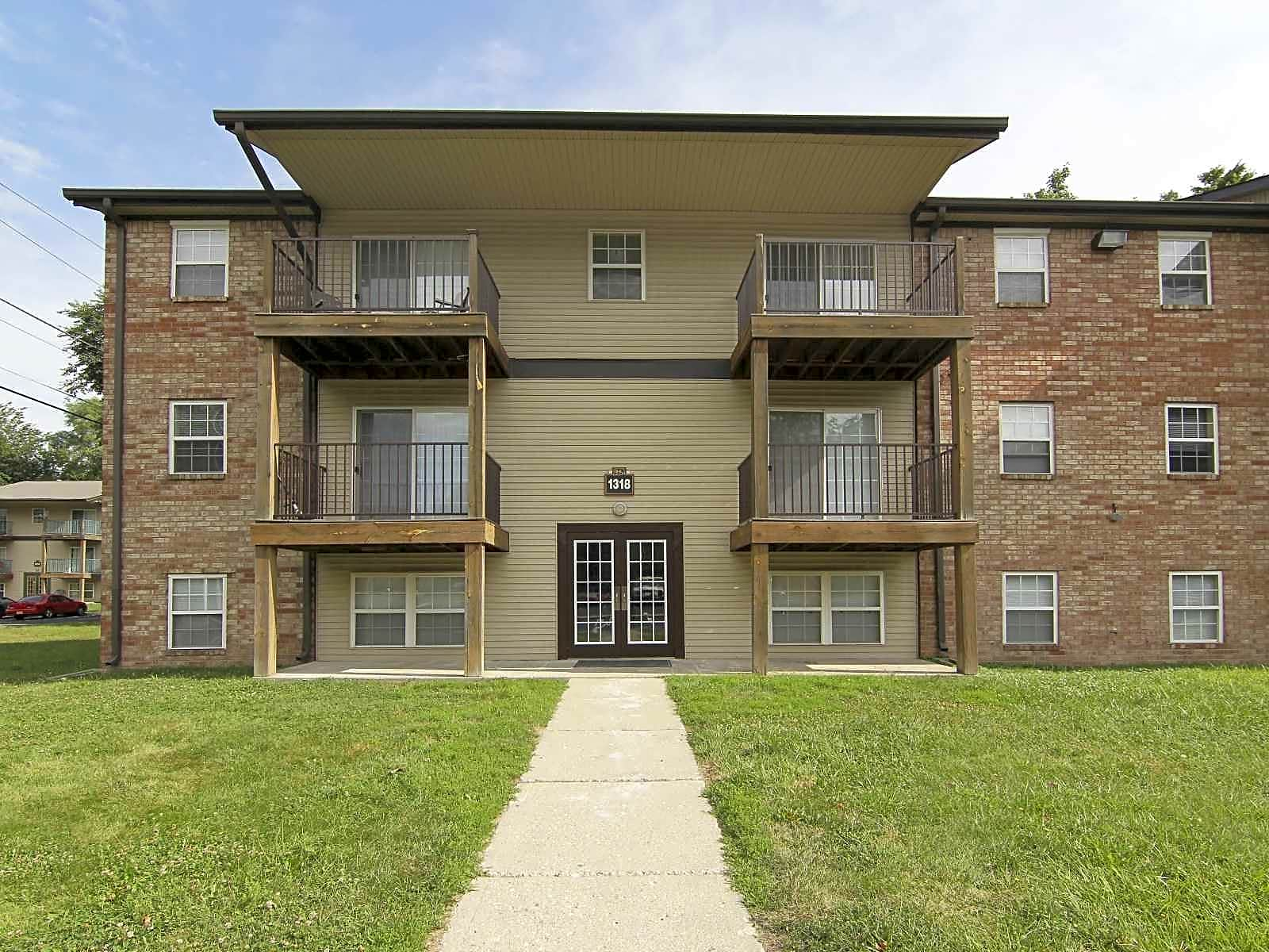 Photo: Indianapolis Apartment for Rent - $899.00 / month; 4 Bd & 2 Ba