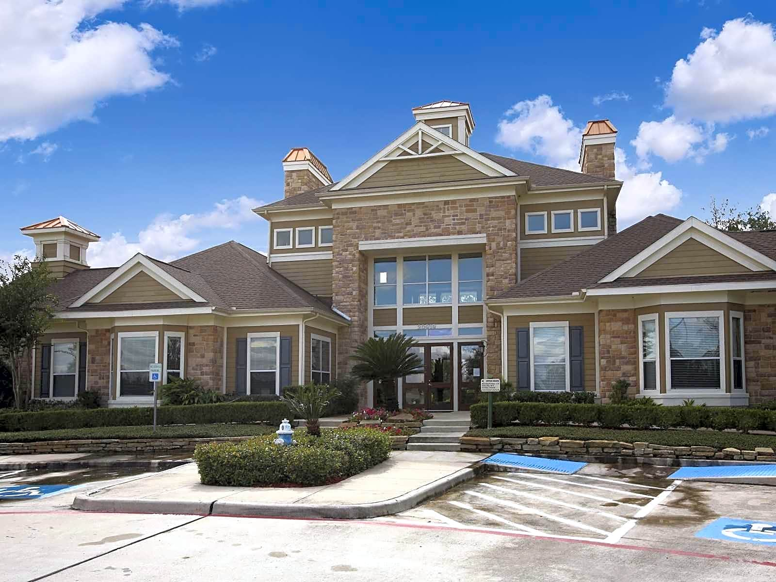 New Apartments In Pearland