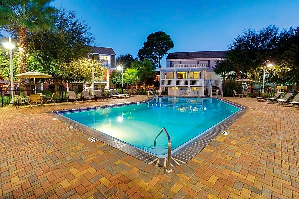 Apartments Near UWF Jamestown Estates for University of West Florida Students in Pensacola, FL