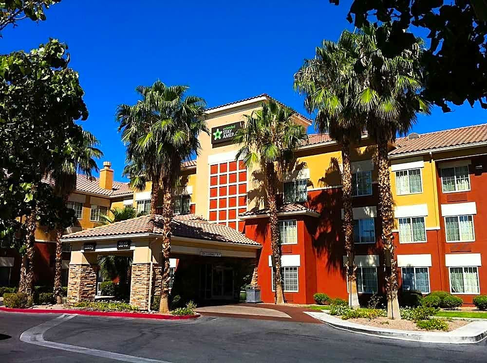 Apartments Near UNLV Furnished Studio - Las Vegas - Midtown for University of Nevada-Las Vegas Students in Las Vegas, NV