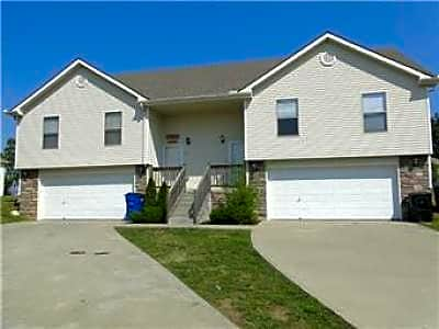 Duplex for Rent in Grain Valley
