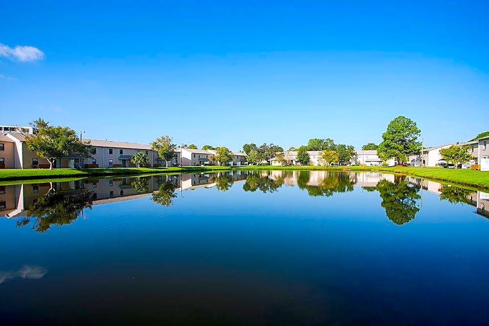 Apartments Near SPC 49th St Apartments for St. Petersburg College Students in Clearwater, FL