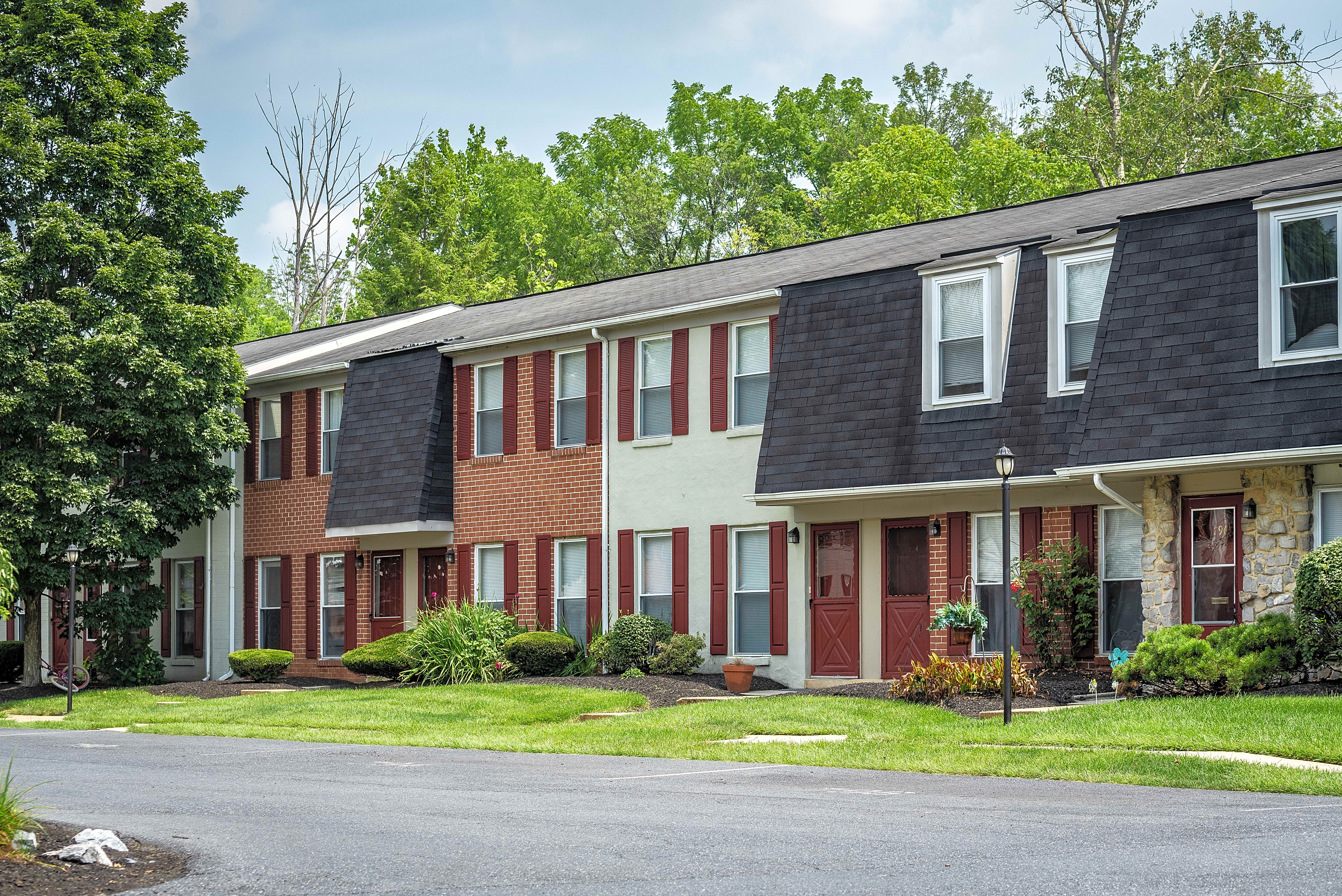 Windsor Court Townhomes