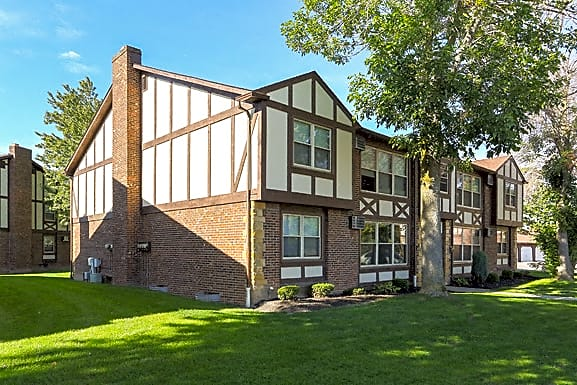 Apartments Near Daemen London Towne Apartments for Daemen College Students in Amherst, NY