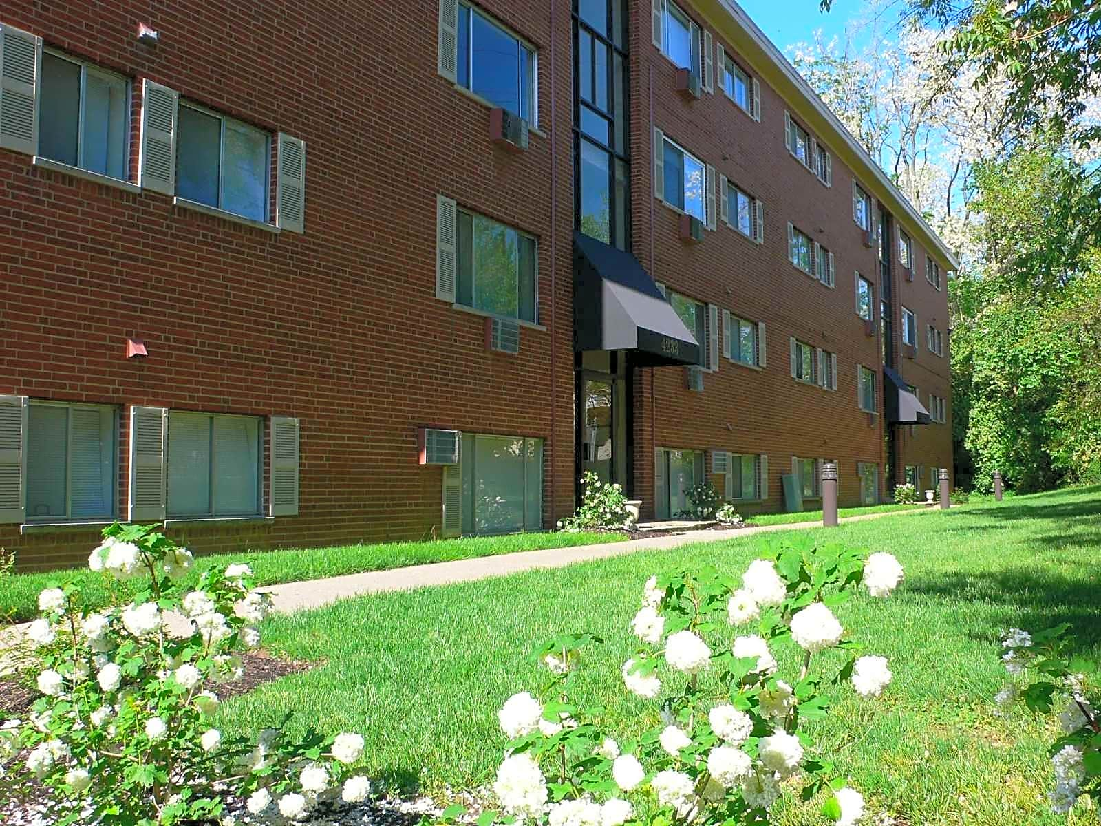 Oakley Terrace Apartments