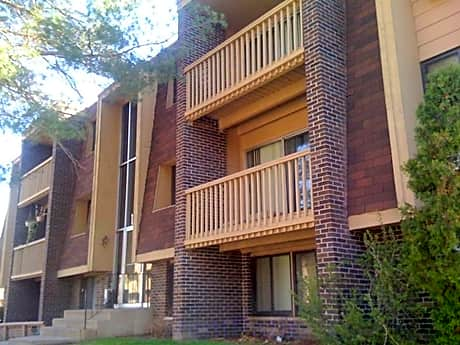 Cedar Park Apartments for rent in St. Paul