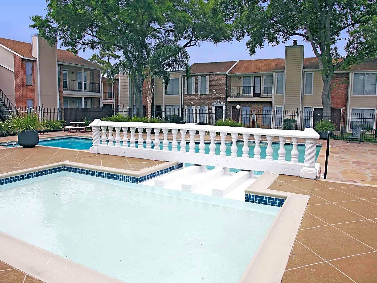 Cullen Park Apartments In Houston Tx For