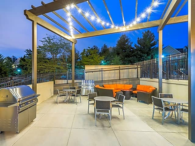 Grilling Area and Outdoor Lounge