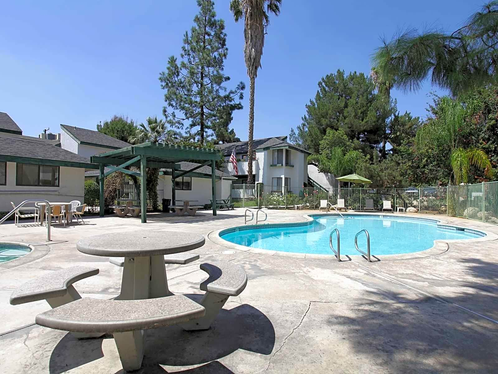 Pebble Brook Apartments Redlands Ca 92374