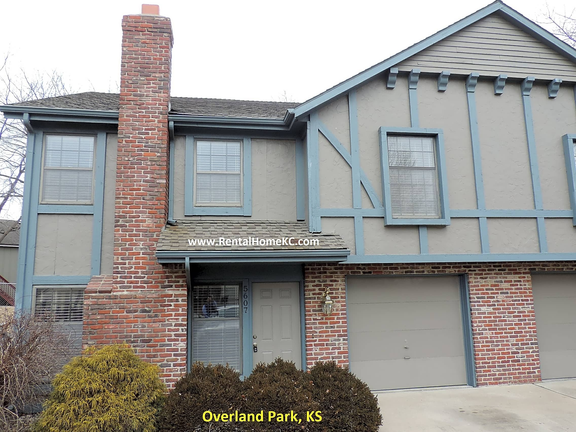 3 bedroom 2 bath freshly remodeled townhouse for l One bedroom apartments in overland park ks