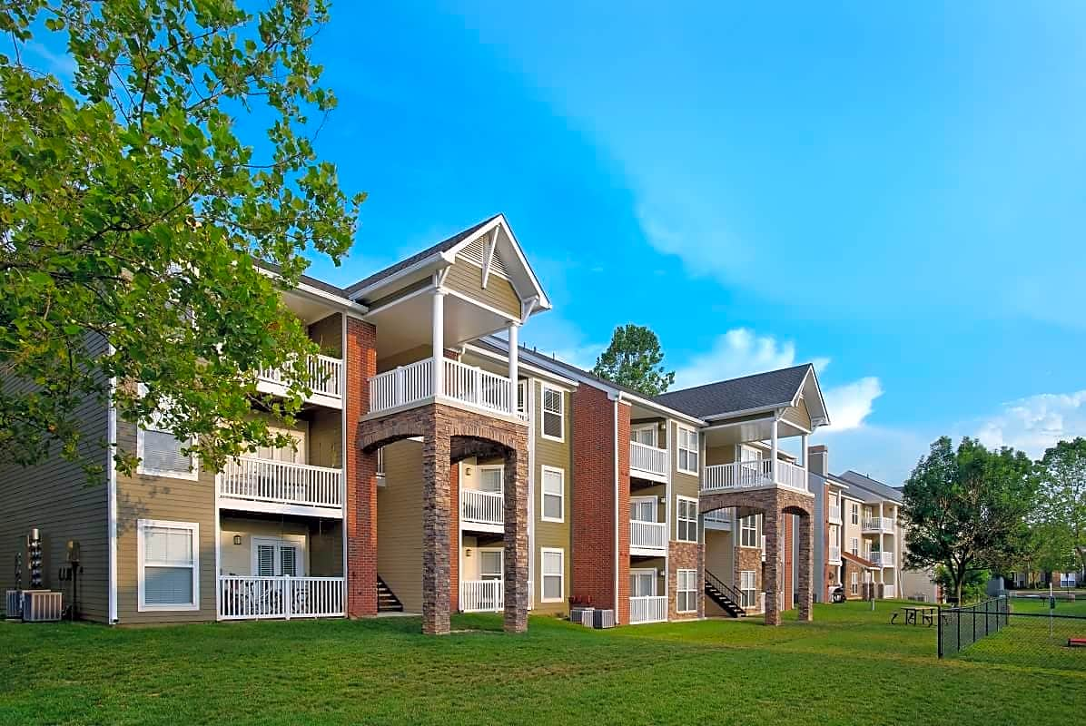Independence Place Apartments Va
