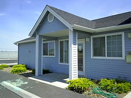 Photo: Moses Lake Apartment for Rent - $404.00 / month; 4 Bd & 2 Ba