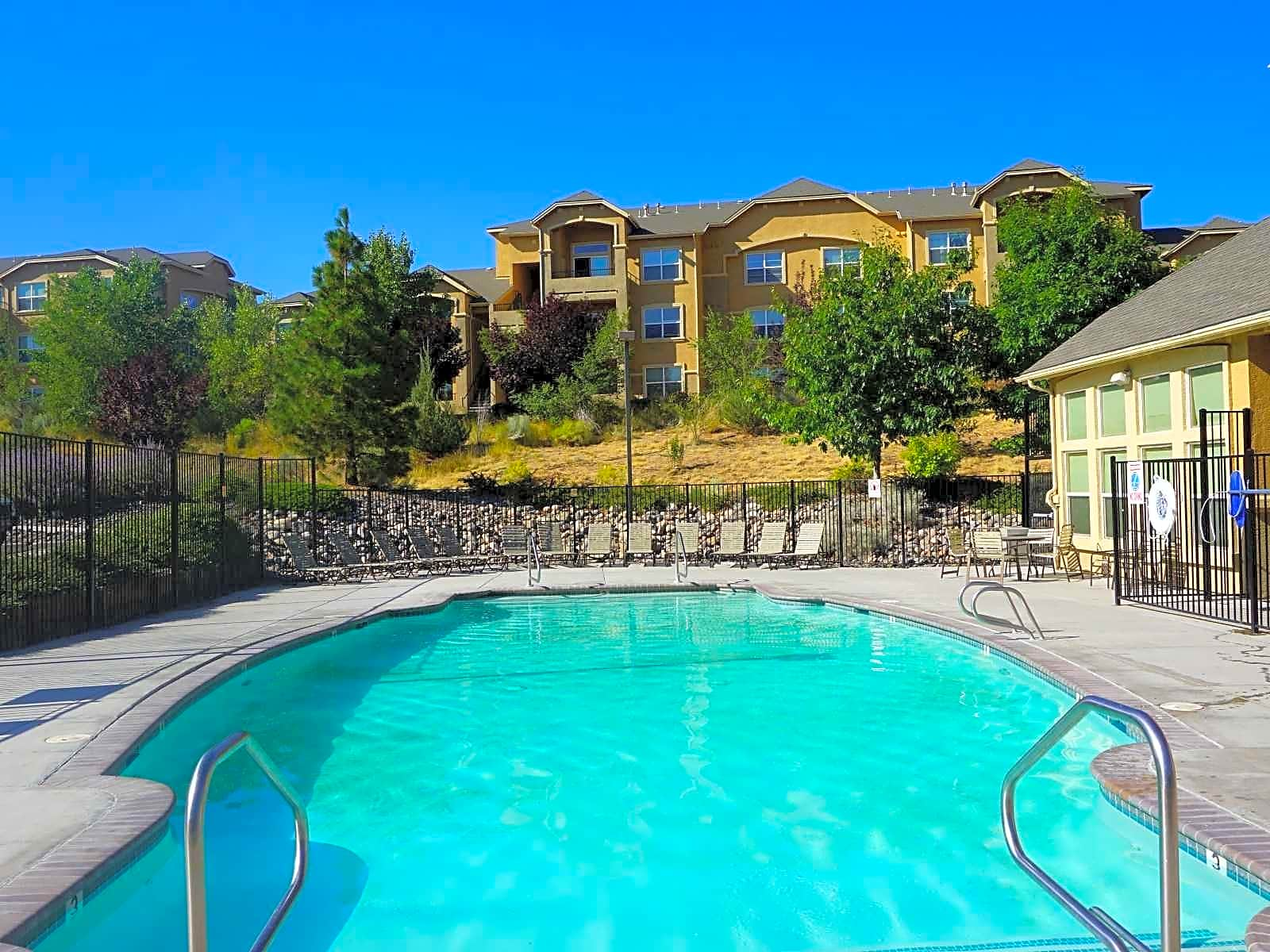 The Bluffs Apartments - Reno, NV 89503