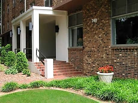 Photo: Raleigh Apartment for Rent - $679.00 / month; 1 Bd & 1 Ba