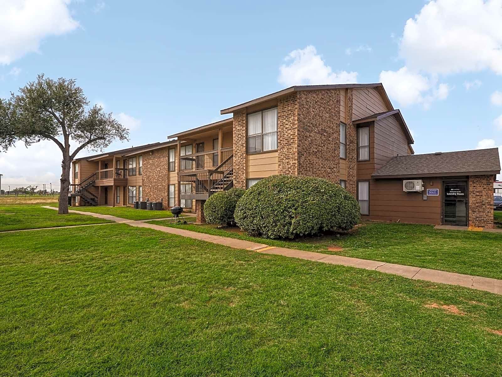 Apartments Near UTPB Sunset for The University of Texas of the Permian Basin Students in Odessa, TX