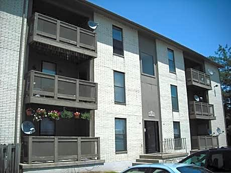 Photo: Lexington Apartment for Rent - $625.00 / month; 3 Bd & 2 Ba